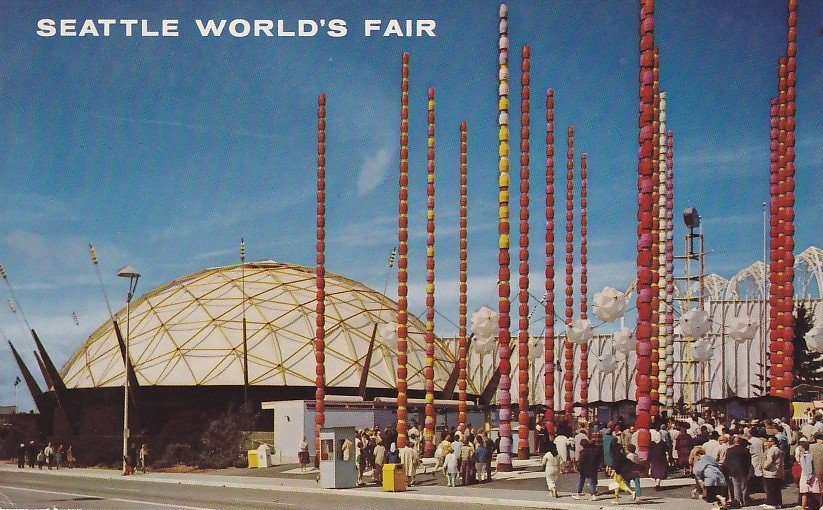 South Gate and Ford Building at Seattle World's Fair, 1962 Chrome Postcard - 5344
