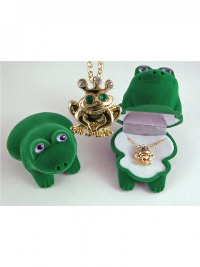 Frog Necklace, Pendant with Velour Box