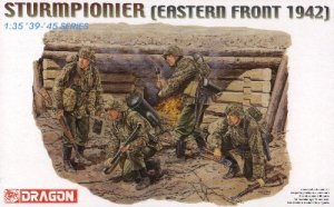 STURMPIONIER EASTERN FRONT 1942 - 1/35 DML Dragon 6146
