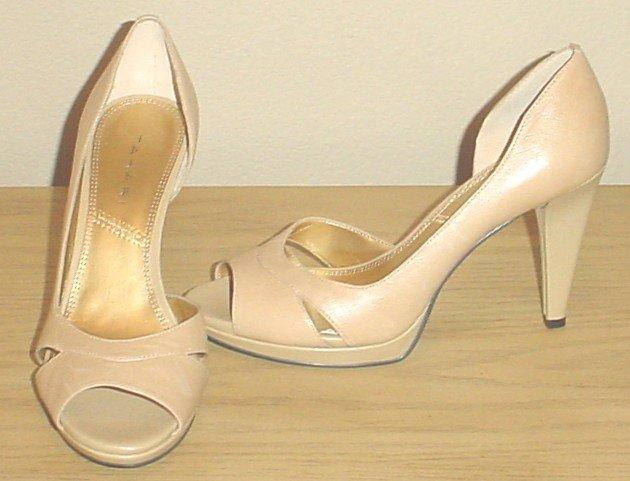 New TAHARI PUMPS Shoes Senoir Peep Toe Heels SIZE 9 NUDE Leather Heels