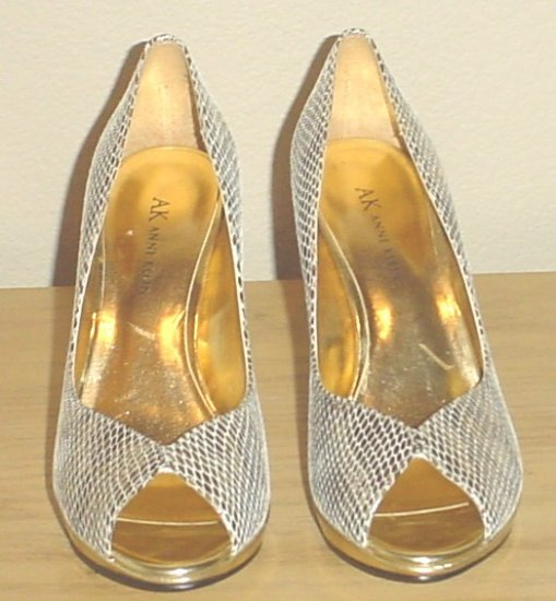 STUNNING Anne Klein PLATFORM PUMPS Peep Toe Heels Shoes 7.5 M (37.5) GOLD Leather