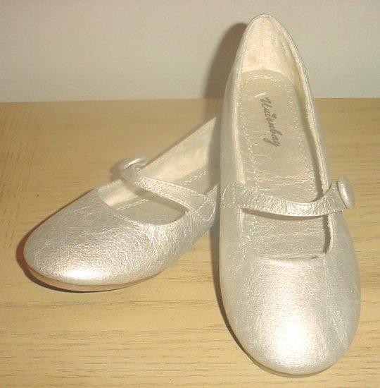 NEW Union Bay BALLET FLATS Ladies Metallic Shoes SIZE 6  MATTE GOLD