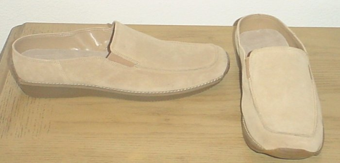 NIB Ladies AEROSOLES LOAFER FLATS Size 11M TAN SUEDE Shoes