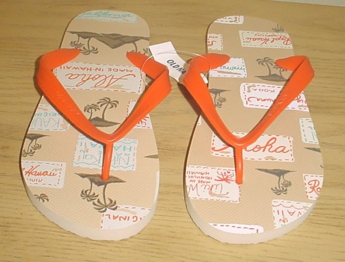 NEW MENS Old Navy PRINT FLIP FLOPS Sandals SIZE 12-13 TAN Shoes