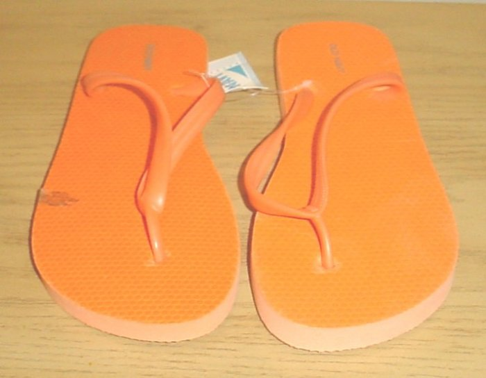 NEW Old Navy FLIP FLOPS Thong Sandals SIZE 7 LIGHT ORANGE Shoes
