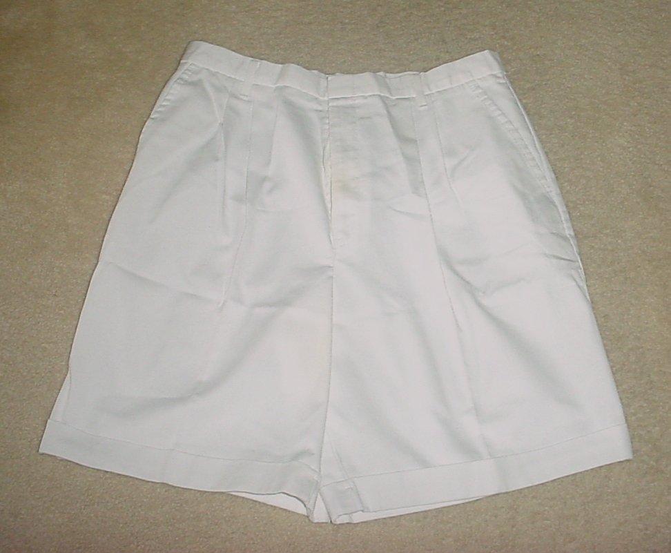 NEW Womens SHORTS  Chic Cuffed Bermuda Walking SIZE 18 WHITE Cotton Blend