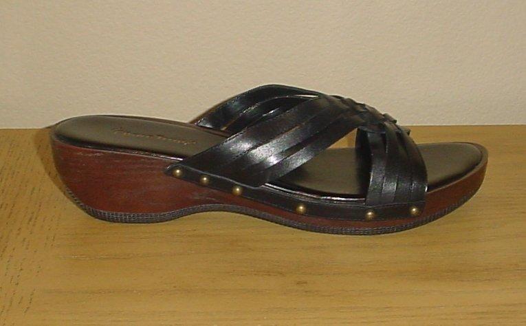 NEW Bare Traps PLATFORM SANDALS Ladies Shoes SIZE 11 BLACK Leather