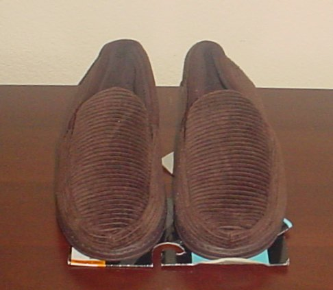 NWT Mens DEARFOAMS SLIPPERS Cordurory Mocs 9-10M BROWN Indoor/Outdoor Shoes