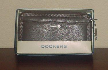 NIB Ladies WALLET Dockers Clutch Zip Around Multi Compartment BROWN Leather