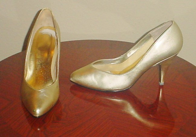 Ladies METALLIC PUMPS Stiletto Heels SIZE 7 GOLD Shoes