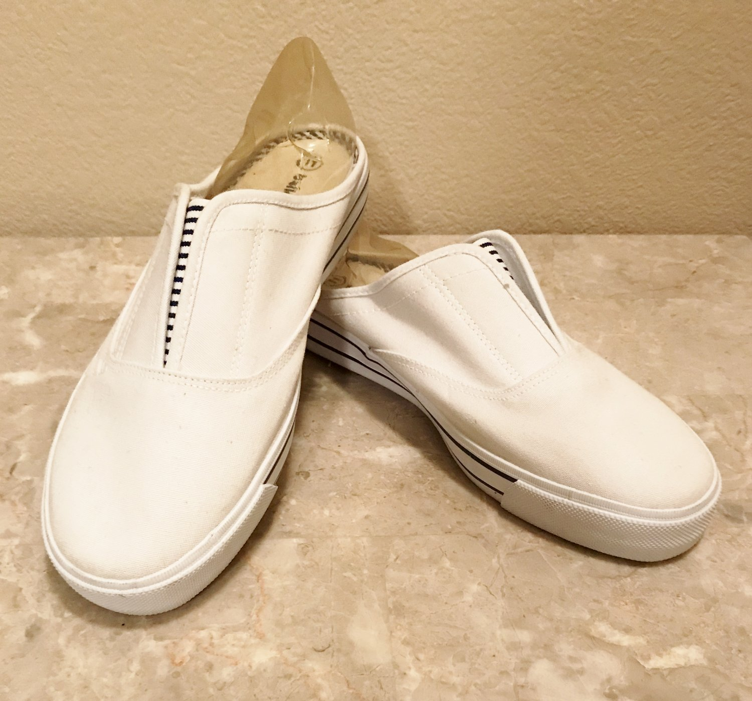 NWT Ladies SNEAKER MULES Athletic Shoes SIZE 11 WHITE Canvas Slip Ons