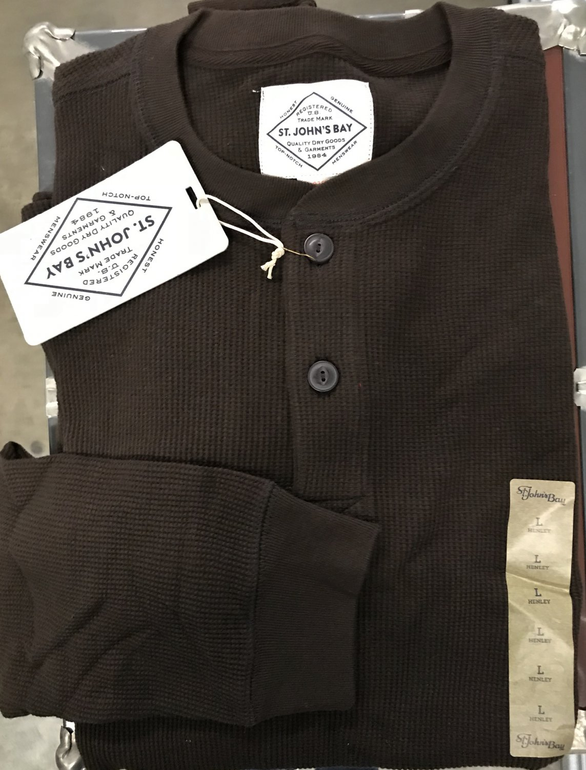 Men's HENLEY SHIRT Waffle Weave Top LARGE Chocolate Brown Cotton NWT