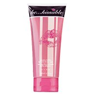 Avon Be Kissable Seductive Bubbles Bath and Shower Wash