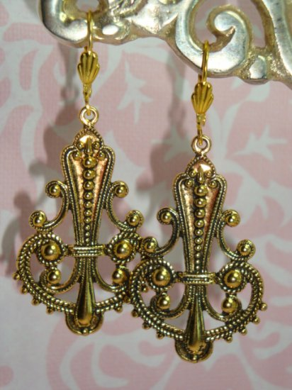 ARTISAN 22K GOLD PLATED EARWIRES WITH VINTAGE ANTIQUE BRASS FINDINGS EARRINGS