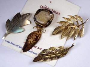 VINTAGE PIN BROOCH LOT of 4 Leaf Motif Leaves Earthy Golden Silvery