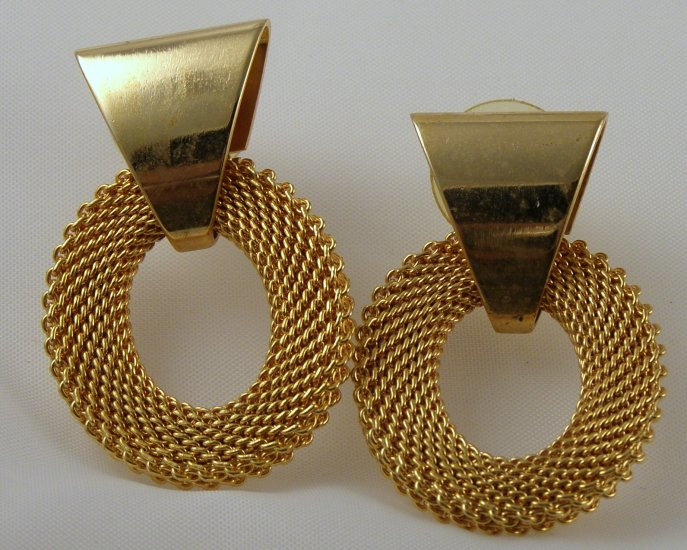 VINTAGE EARRINGS Golden Mesh Door Knocker Design Quality PIERCED