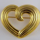 VINTAGE PIN BROOCH Gorgeous Open Swirl Heart Ridged Goldtone Sweet