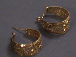 Vintage Sterling Silver Ornate Filigree Hoop Earrings