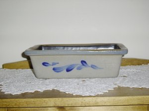 ROWE POTTERY LOAF PAN NEW !!!