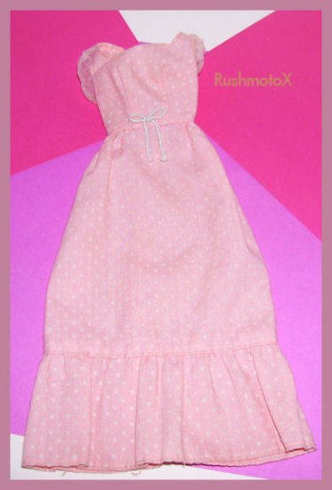 1974-75 Barbie Sweet Sixteen #7796 Original Pink Dress