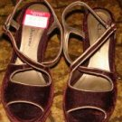 NEW CL by Laundry Maroon & Gold Velvet Clogs sz 6.5