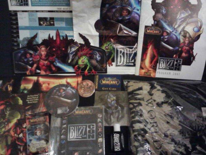 BlizzCon 2007 WoW Goody Bag (murloc, starcraft II theme)