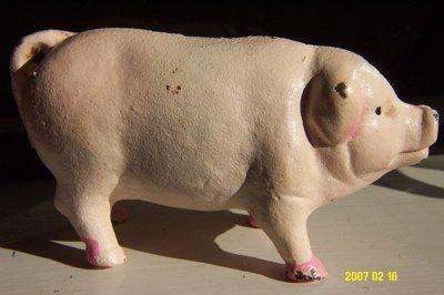 ADORABLE OLD PINK PIG PIGGY BANK A CAST IRON MONEY BOX