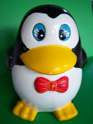 Penguin Ceramic Bank Moneybox Baby Gift Vintage New