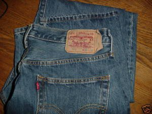 Levi's 501 Jeans Classic Fit 34 x 32 PERFECT NM+ FREE SHIPPING~ $24.99 ~