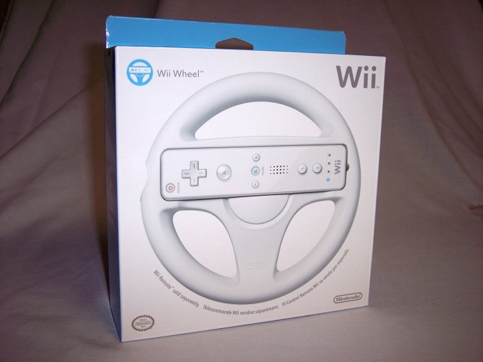 OFFICIAL NINTENDO Wii WHEEL - BRAND NEW FACTORY SEALED