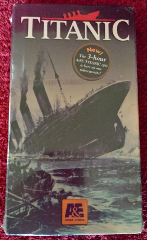 TITANIC (VHS)