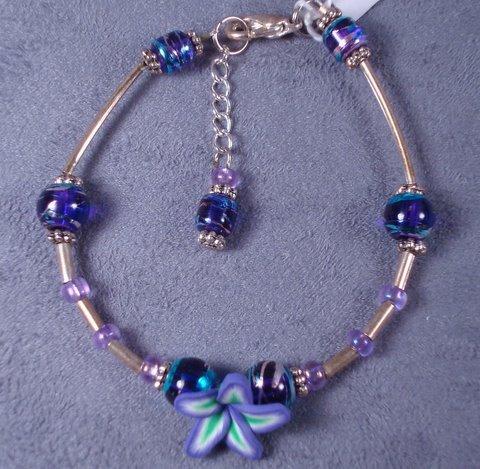 Polymer habiscus bracelet