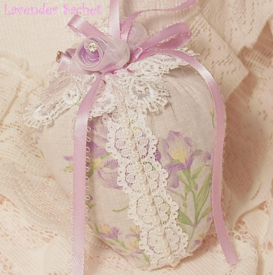 Iris ~ Strawberry ~ Lavender Sachet ~ Gift Idea ~ Scented ~ Victorian
