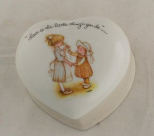 "Holly Hobbie Heart Porcelain Box""Love is Little Things"""