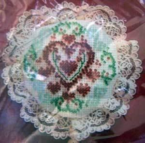 Christmas Beaded Cross Stitch Kit 2425 Holiday Hearts Ornament