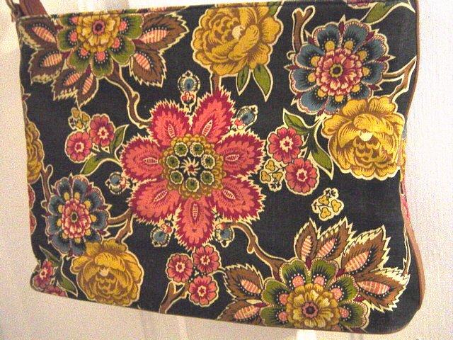 EGO Floral Beaded Black Shoulder Bag Purse Brown Trim #900025