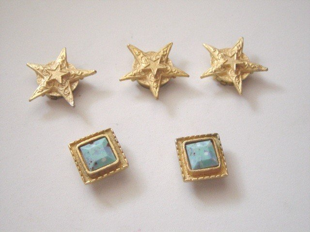 Five Gold Stars and Squares Button Covers #900116