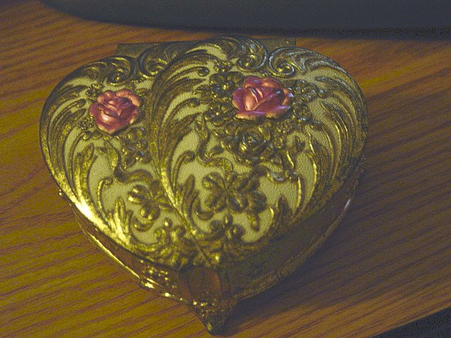 Vintage Footed Brass Trinket Jewelry Box Pink Roses on Lid  #900364