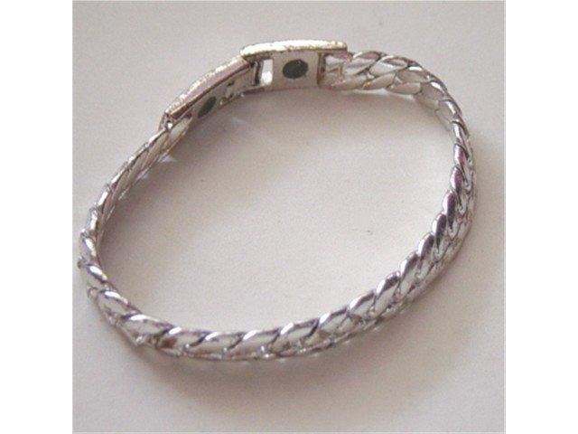 Silver Tone Chain Link Bracelet  #900382