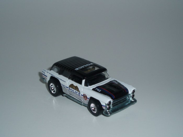 Hot Wheels K-B Toys Cop Rods Series 1 Chevy Nomad White/Black 1/64 Scale Loose