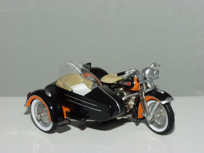 2001 Hot Wheels Collector's Club Exclusive 1948 Harley Davidson Panhead