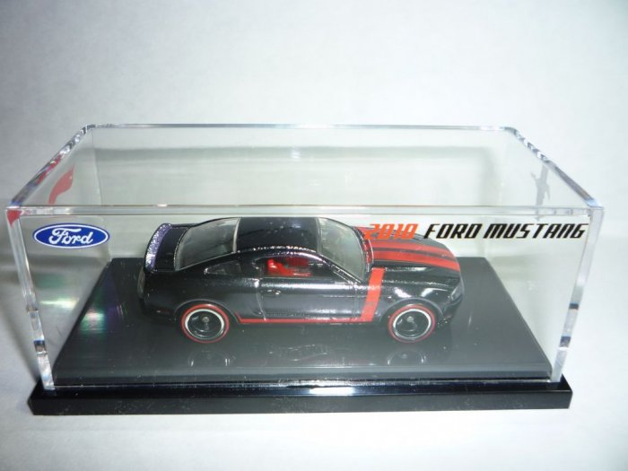 Hot Wheels 2010 Ford Mustang