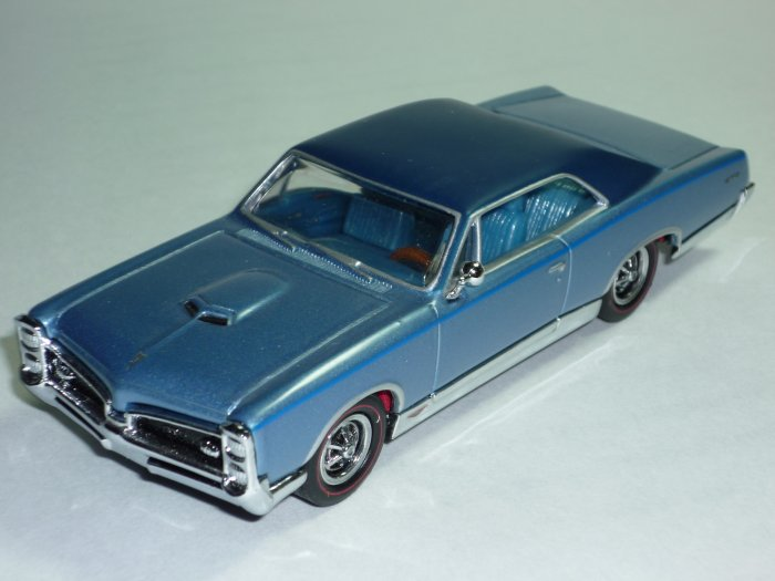 Matchbox Models of Yesteryear 1967 Pontiac GTO Lt. Blue 1/43 Scale