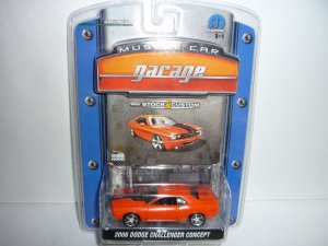Greenlight Collectibles Muscle Car Garage 2006 Dodge Challenger Concept...Orange