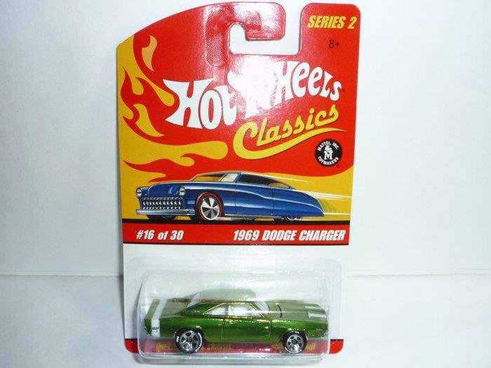 Hot Wheels Classics Series 2 1969 Dodge Charger...Green