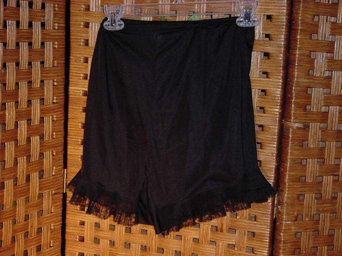 Van Raalte Sheerio Panties Black Vintage Lace pleats edge legs  No. 14