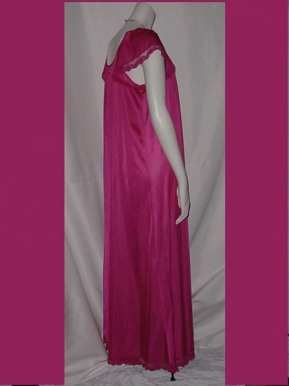 Vintage Nightgown Henson Kickerknick Hot Pink Henson Kickerknick  No. 3