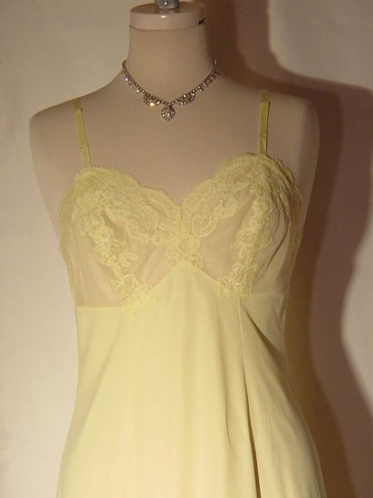 Van Raalte Daffodil Yellow Vintage Lacy cup Whole Slip slip dress   13