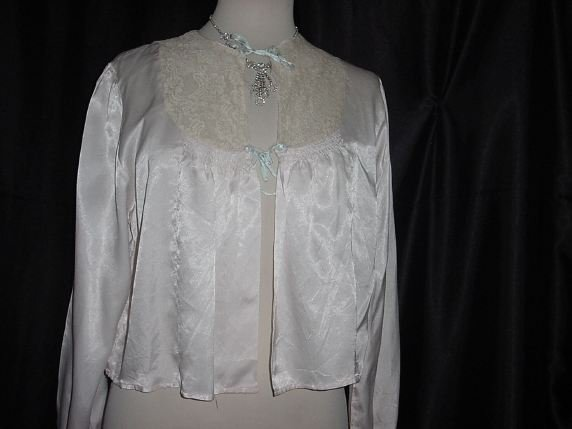 Vintage Miss Elaine BedJacket Pink with blue ties Ruching Lace Collar  No. 14