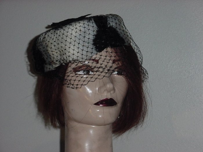 Vintage Hat Ladies feather Black White Net Womens hat #67